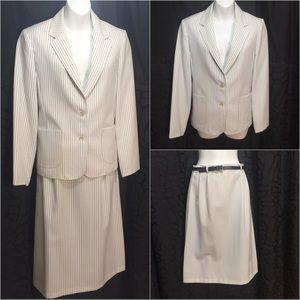 Vintage skirt suit 70s white pinstriped blazer M